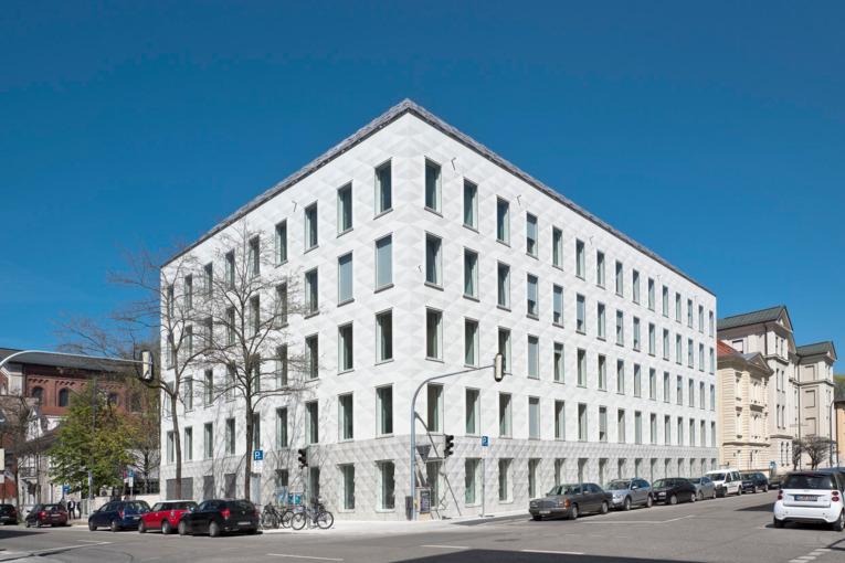 Landeskirchenamt München